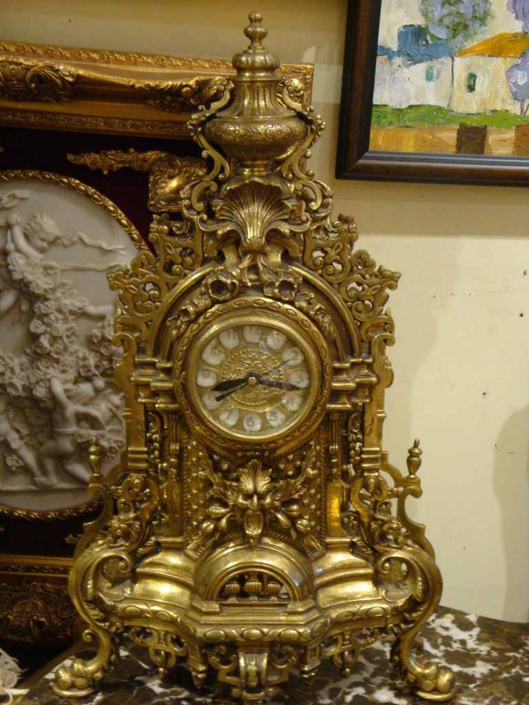Royale Galleries Inc Clocks